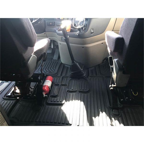 Freightliner-Cascadia-Precision-Fit-Floor-Mat-3__40984.1516984491.1280.1280